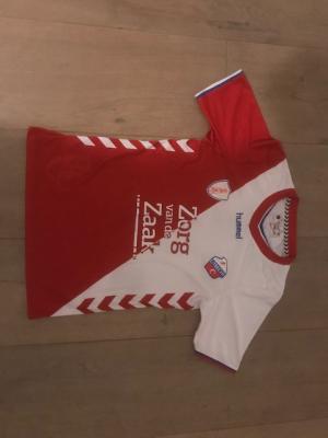 A. Shirt Utrecht 2020 en 2 wedstijdkaarten Utrecht-ADO 20jan