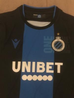 C. Shirt Club Brugge en 2 wedstrijdkaarten (zo 23 feb)